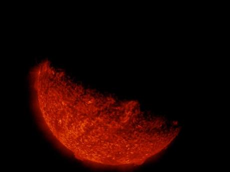 733321main_SDOEarthEclipse2013_full