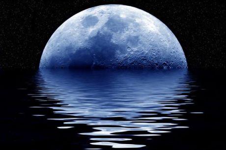 blue-moon-101119-02