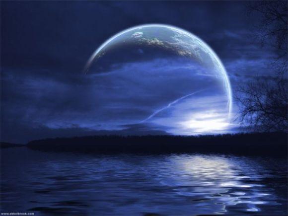 blue-moon-water-night