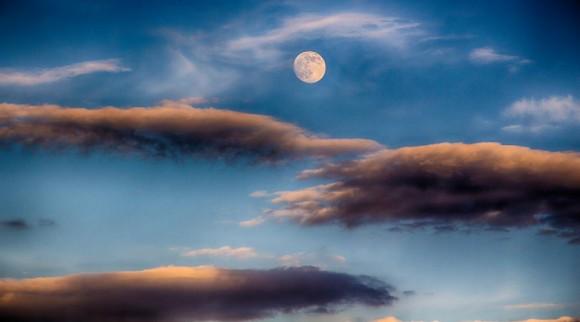 moon-7-10-2014-Garden-Gods-Colorado-Springs-CO-Joe-Randall-e1405080815894