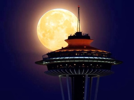 supermoon-space-needle-1