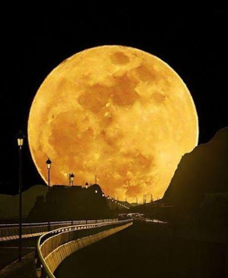 SuperMoon with Tracks