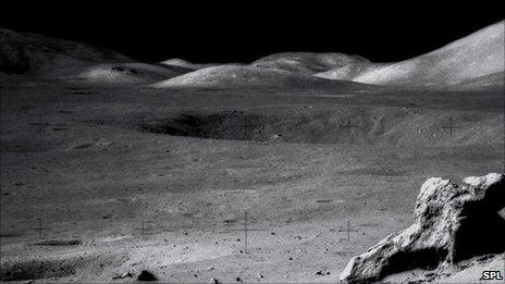 _48617717_s380276-lunar_landscape-spl
